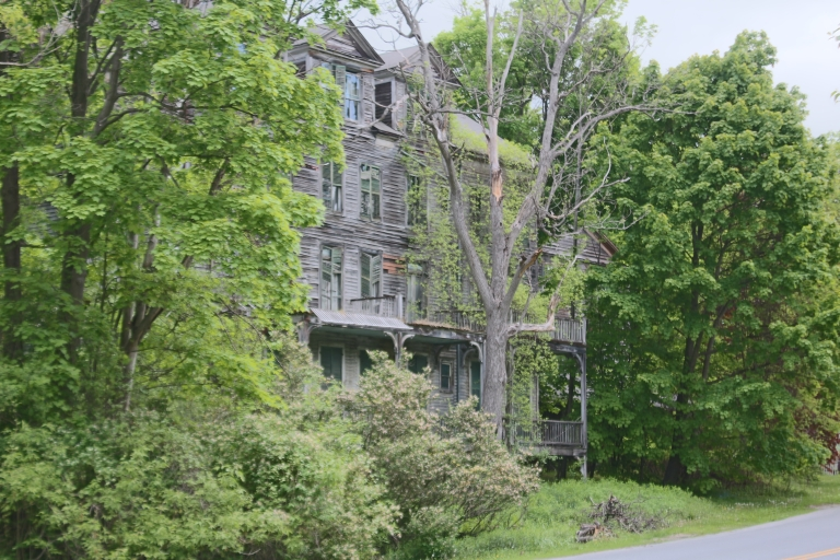The Walloomsac Inn in Bennington, Vermont
